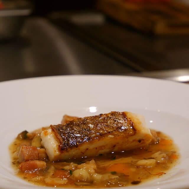 真鯛のポワレ ボルドレーズソース