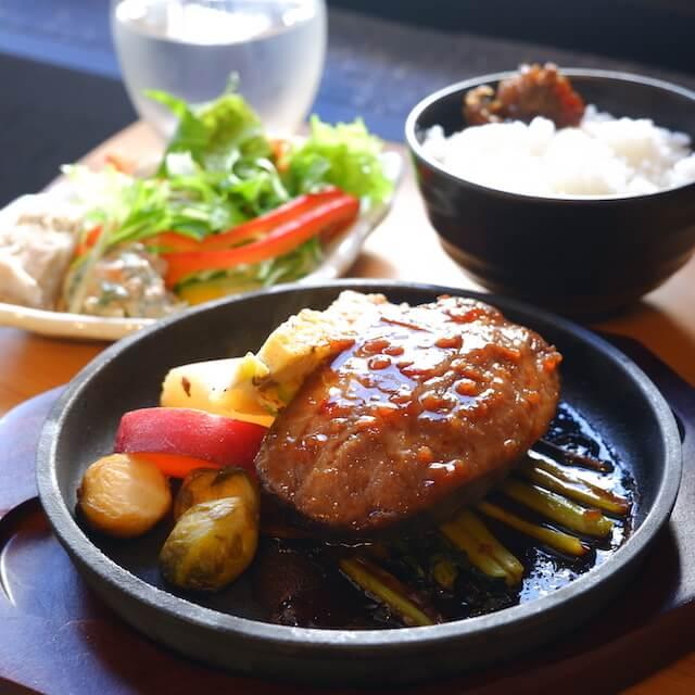 鹿児島県産黒毛和牛ホホ肉のステーキセット