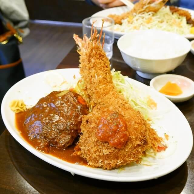 ハンバーグ&エビフライ定食とエビフライ大