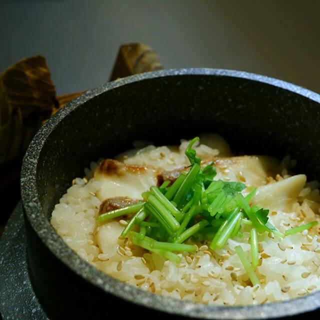 タイの釜飯